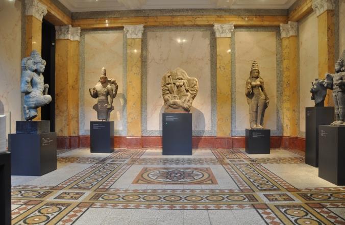 exhibition room in rietberg museum zurich